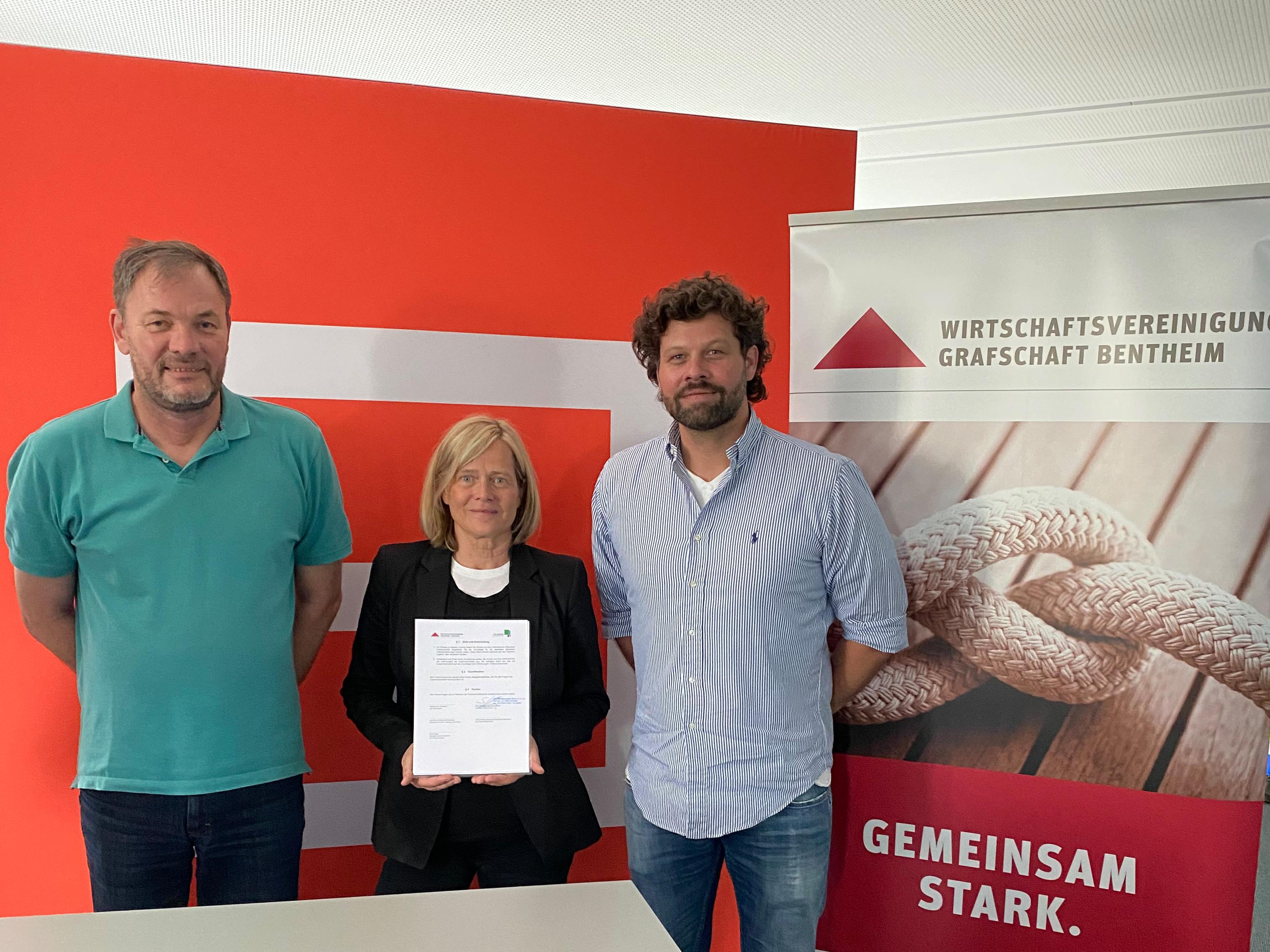 Neue Schulpartnerschaft: Oberschule Schüttorf und ROFA kooperieren